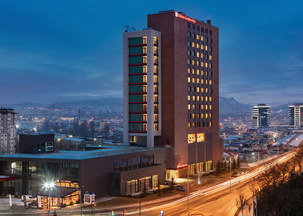 """HILTON GARDEN INN SİVAS"" STREAMING SIGNATURE"